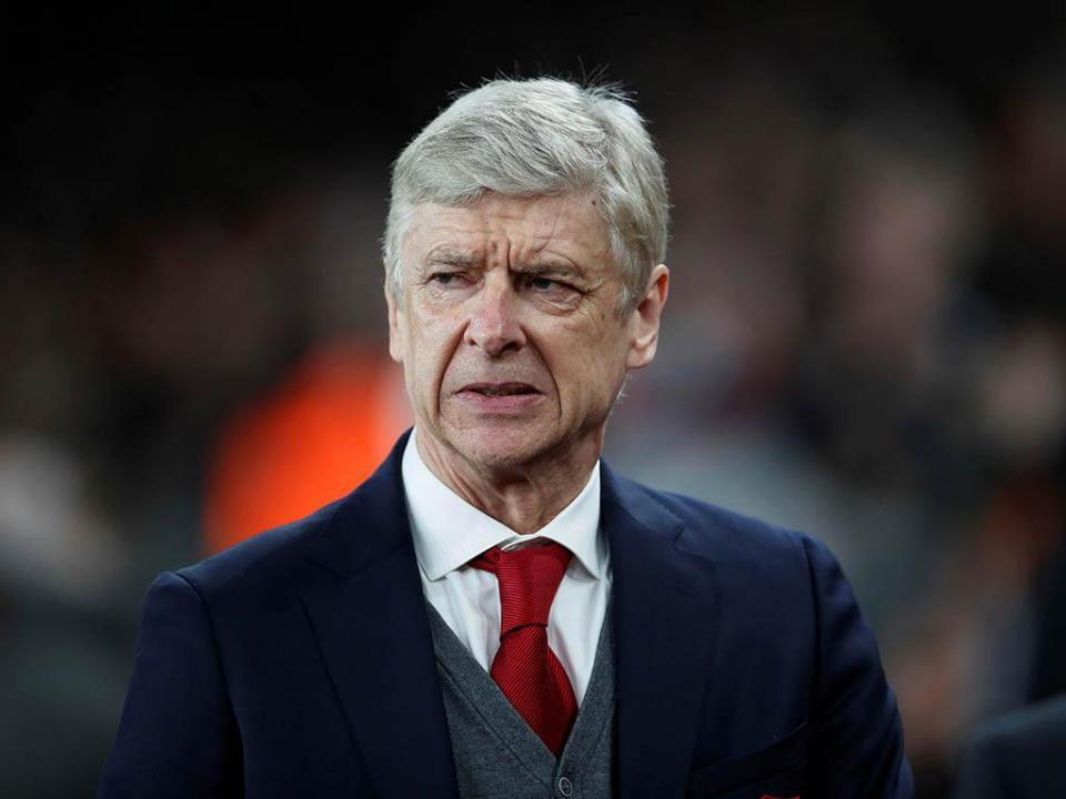 Wenger: «Liga Europa é a prioridade»