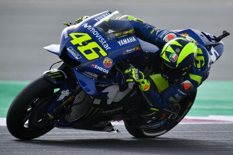 Valentino Rossi sem grandes razões para sorrir em Mugello