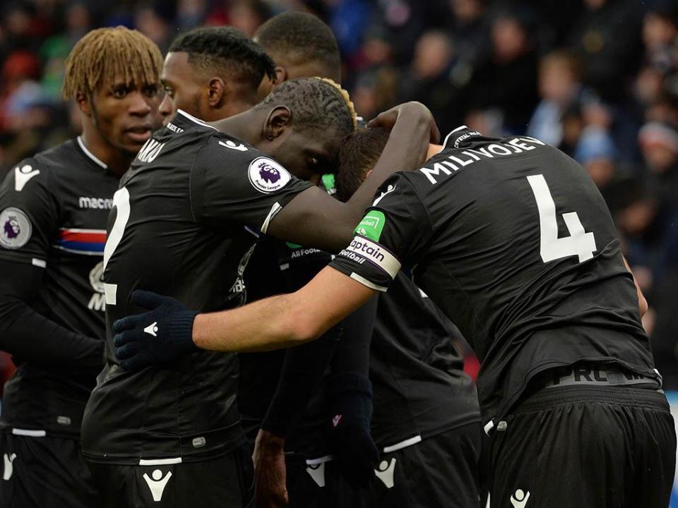 Inglaterra: Crystal Palace vence e condena Stoke