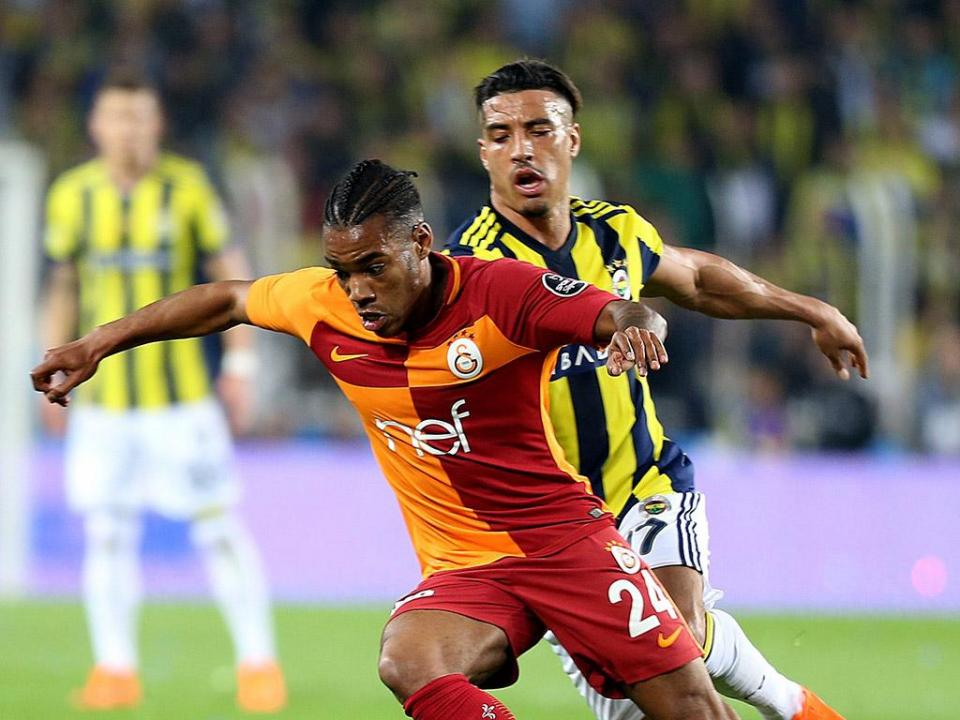 Turquia: Galatasaray continua líder, Tiago Pinto vence