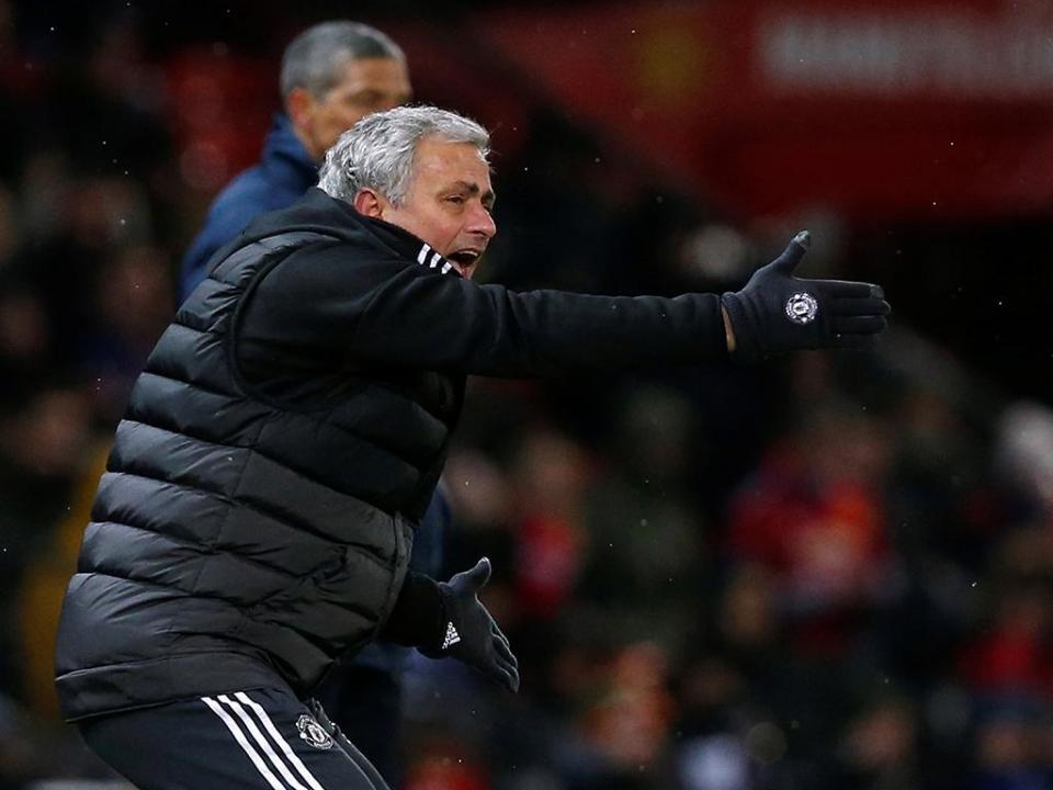 Mourinho ganhou, mas só Matic escapou às críticas depois