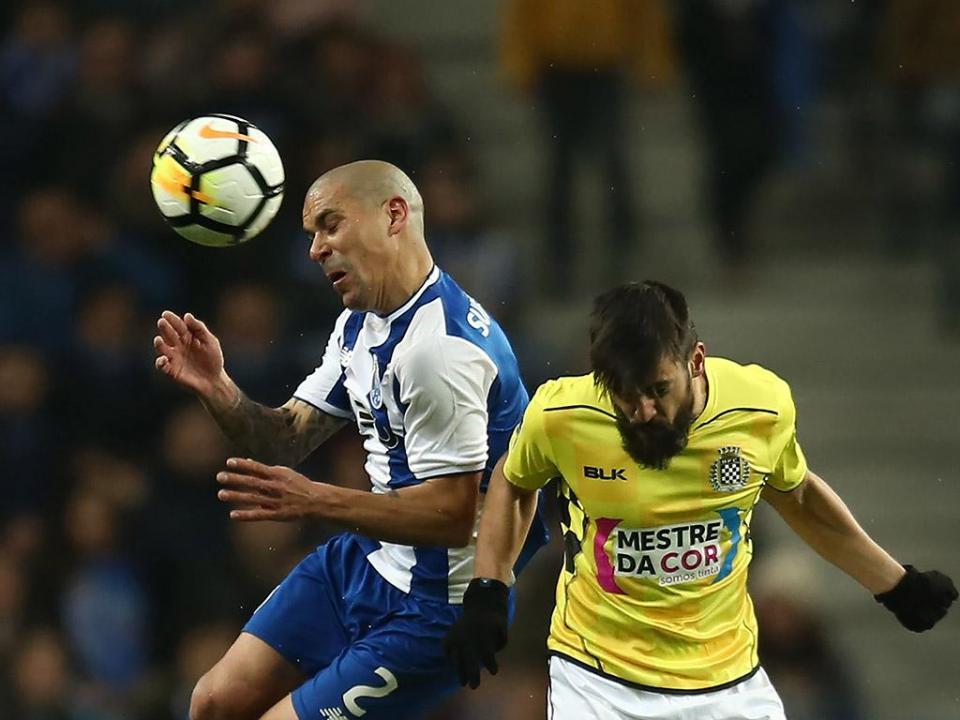 FC Porto: Dalot e Maxi Pereira já treinam com o grupo