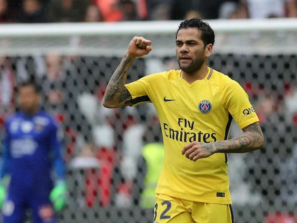 França: Dani Alves dá vitória ao PSG em Nice