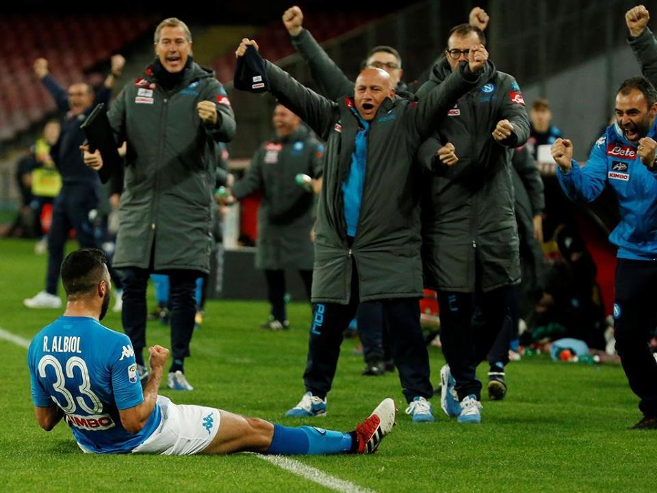 Itália: golo de Albiol reaproxima Nápoles da Juventus