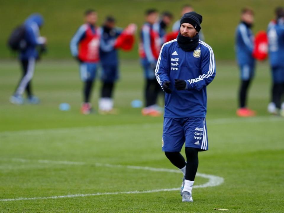 Argentina: Messi em dúvida para o jogo com a Itália