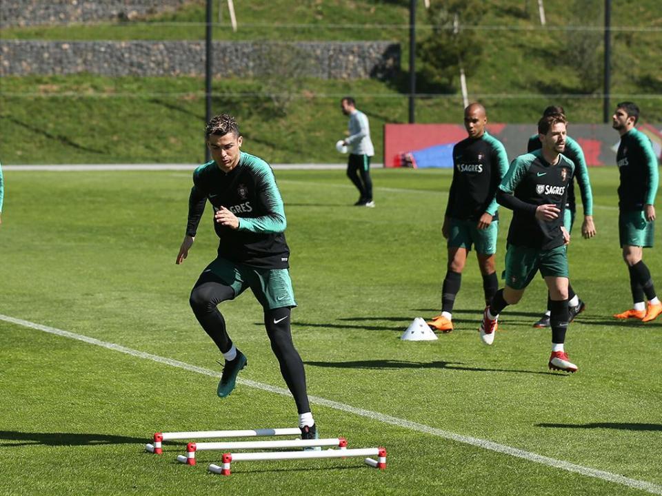 Seleção faz último treino antes de defrontar Holanda