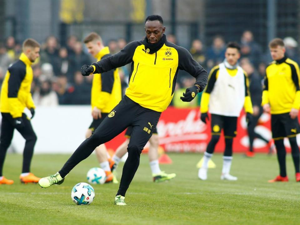 Bolt recusa Jogos Olímpicos e quer trocar atletismo pelo futebol