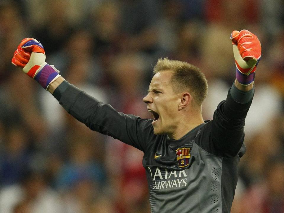 Ter Stegen: «Não estaria no Barça se não soubesse jogar com os pés»