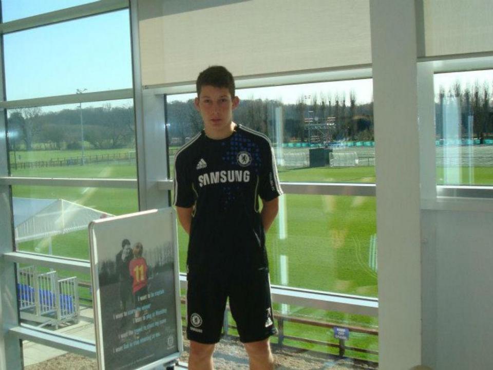 Óscar Gomes: dos treinos no Chelsea aos distritais de Aveiro aos 20 anos