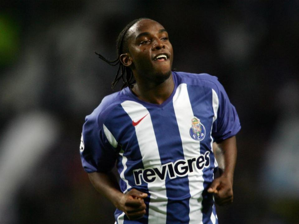 McCarthy: «Adriaanse maltratou os históricos do FC Porto»