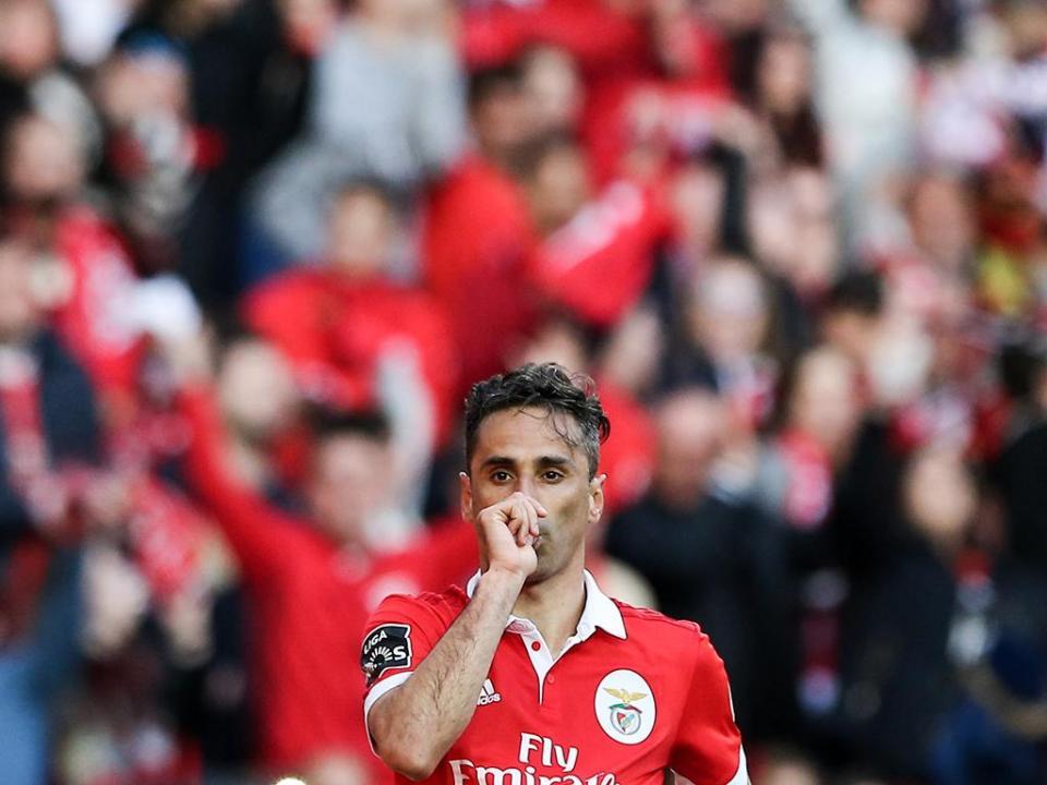 Benfica: Jonas no ginásio na véspera do Fenerbahçe