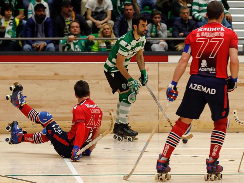 Hóquei em patins: Sporting perde em Paço de Arcos
