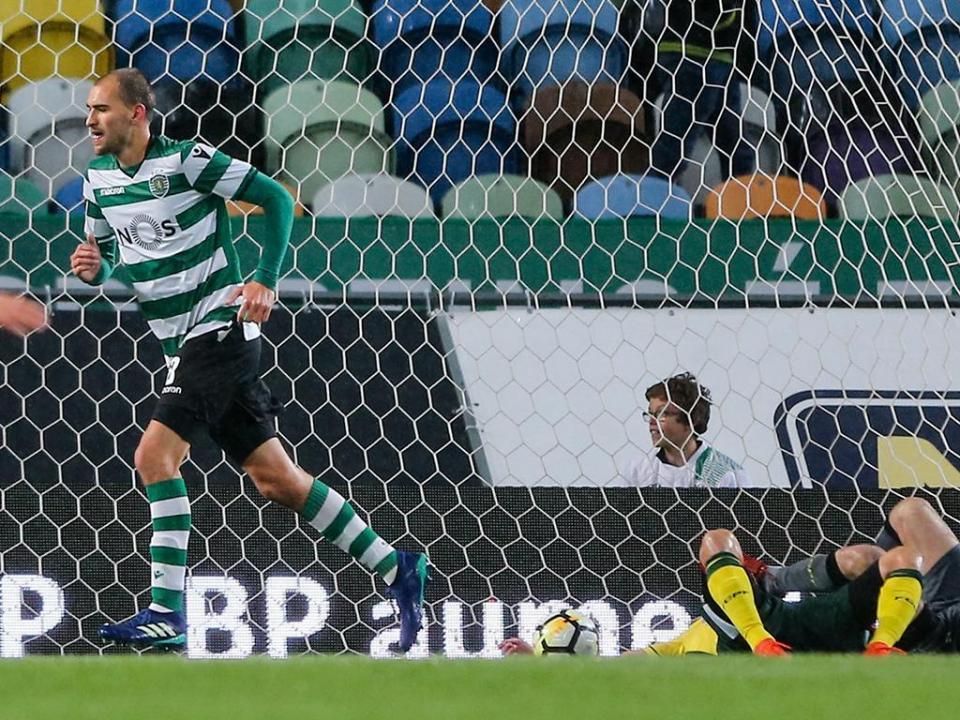 VÍDEO: o penálti de Bas Dost que dá vantagem ao Sporting