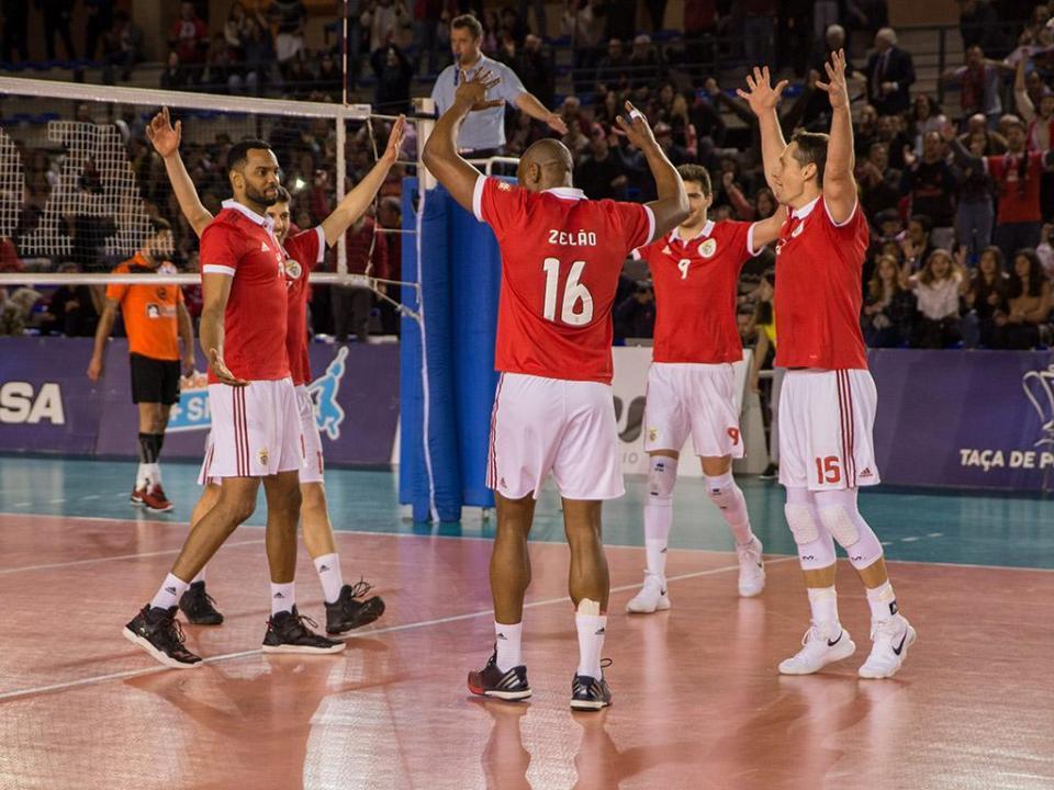 Benfica vence Sporting no primeiro jogo da final do nacional de voleibol
