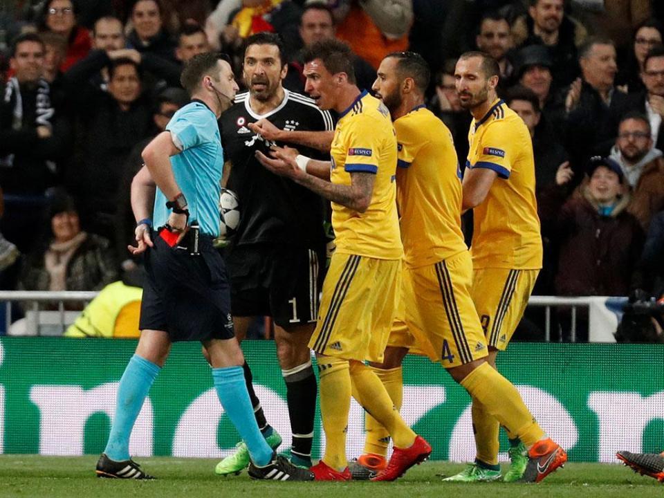 Árbitro do Real Madrid-Juventus sob proteção policial