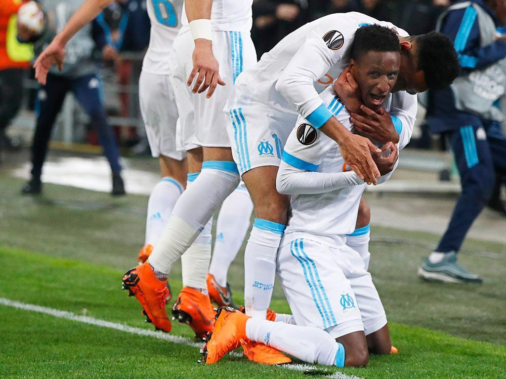 França: Marselha dá duas vezes a volta na pressão para a Champions