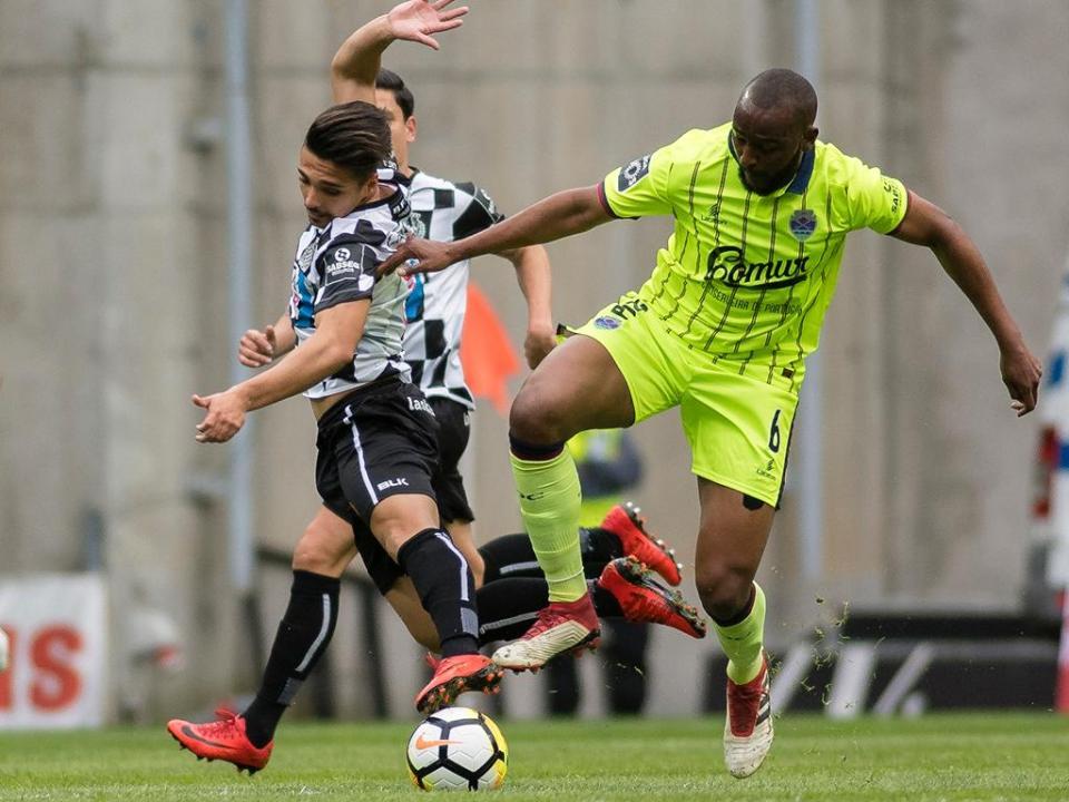 Boavista-Desp. Chaves, 3-3 (resultado final)