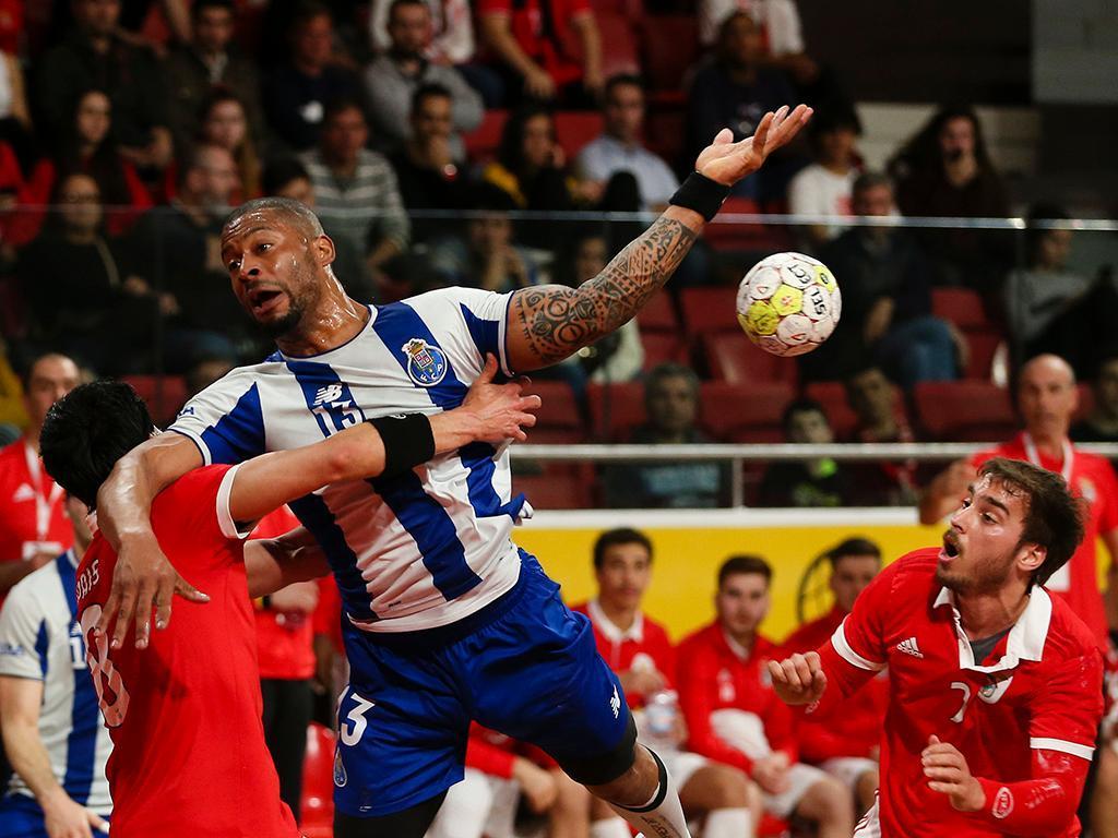 Andebol: FC Porto vence na receção ao Benfica