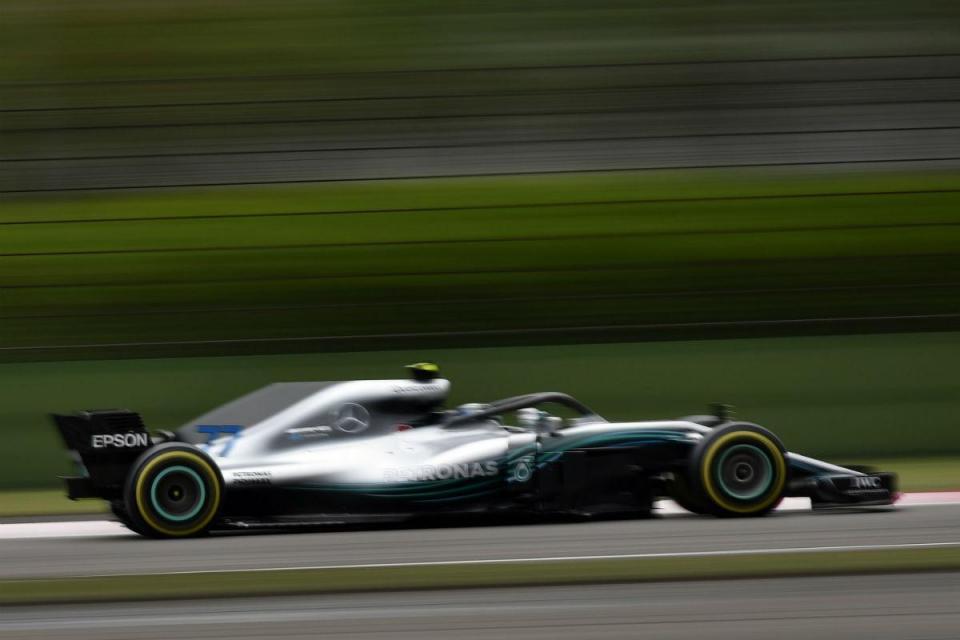 GP de Espanha: Bottas e Mercedes começam na frente