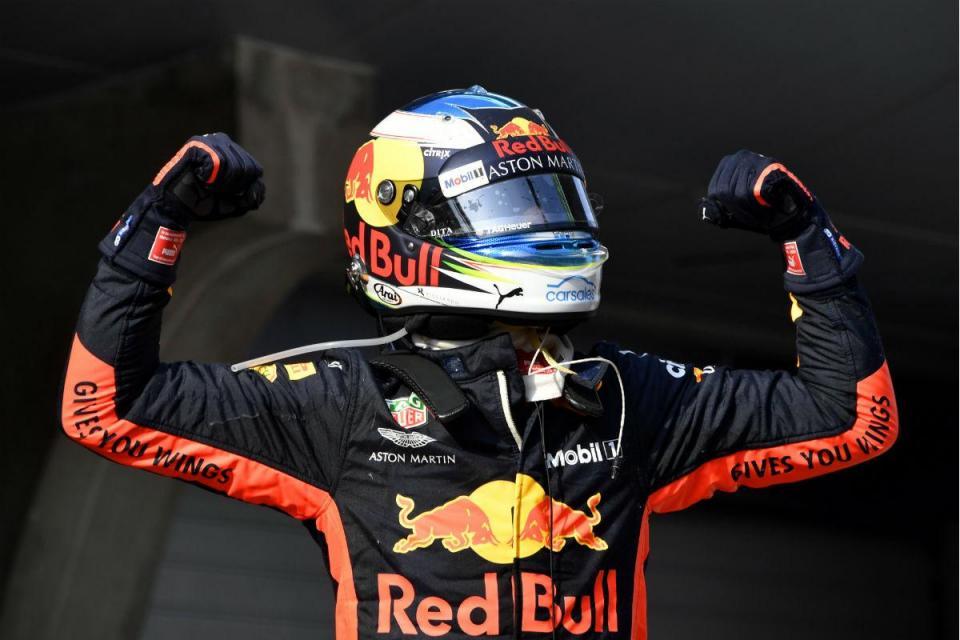 """Ricciardo quer """"ganhar mais umas"""" para ficar na Red Bull"""