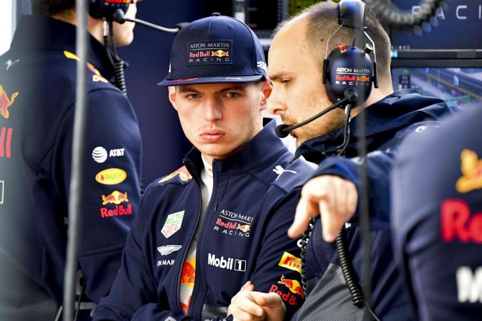 """Christian Horner: """"Verstappen tem que aprender com os erros"""""""