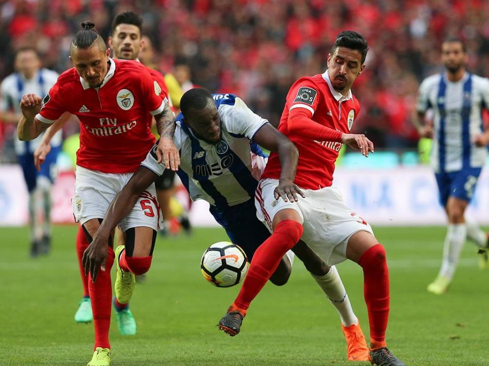 Benfica-FC Porto, 0-1 (destaques das águias)