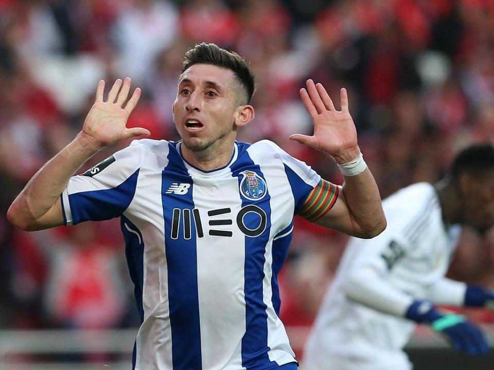 Héctor Herrera está na cidade do Porto para definir o futuro