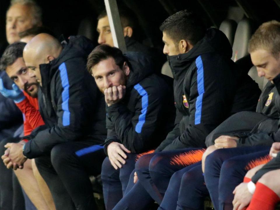 Barcelona sem «canteranos» na Liga,  dezasseis anos depois