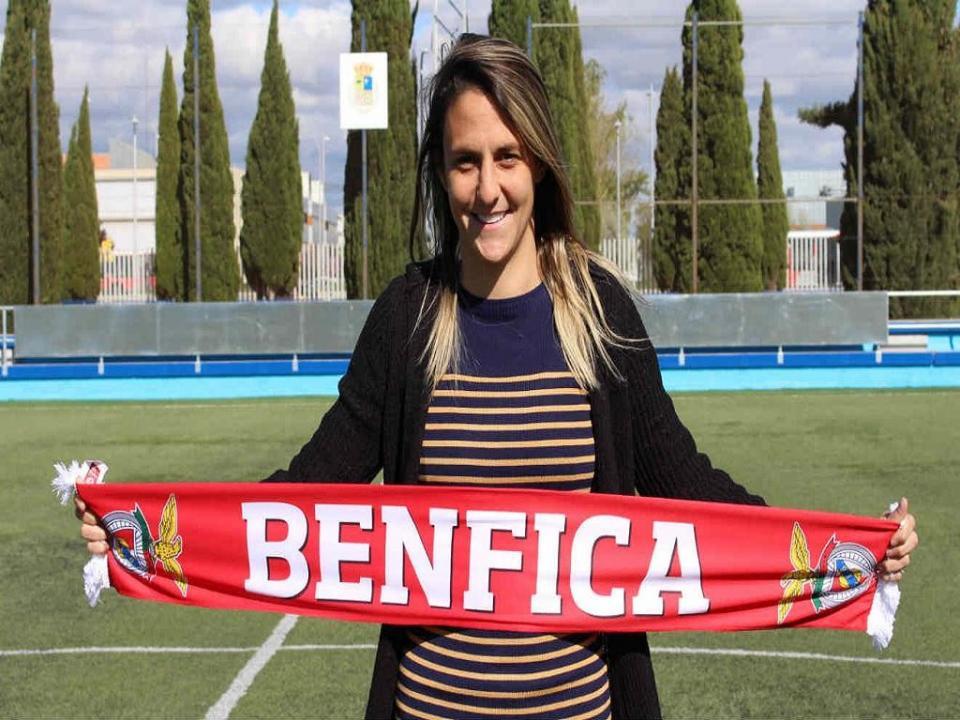 Jogadora que esteve suspensa por cuspidela reforça Benfica