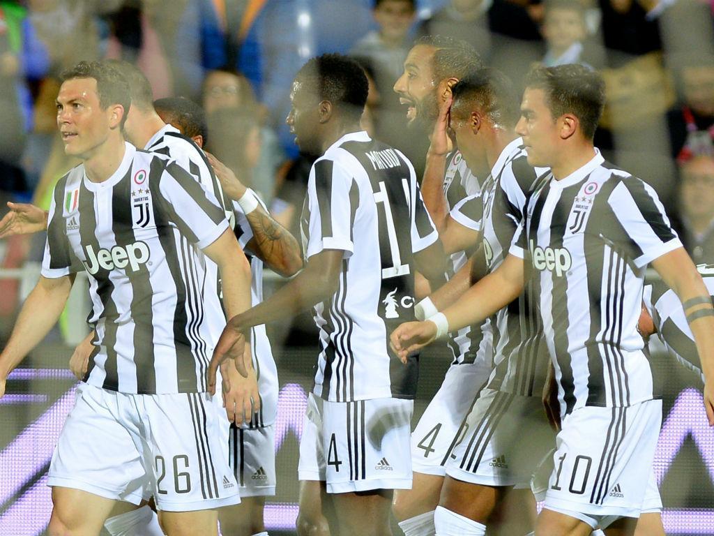 Itália: Juventus cumpre e fica a aguardar pela ajuda do... Torino
