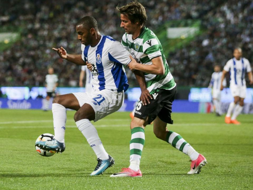 FC Porto: Leicester avança com mais de 25 milhões por Ricardo
