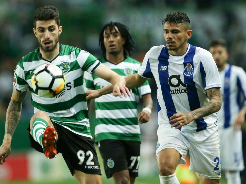Sporting: Piccini já está em Valência