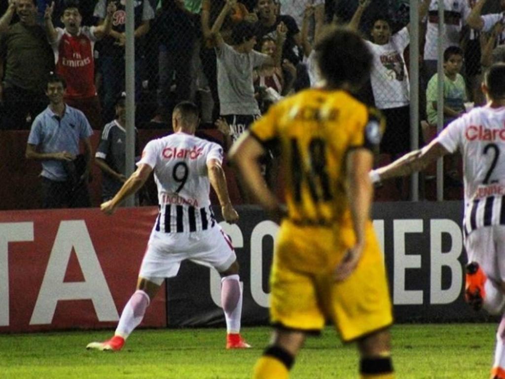 VÍDEO: golo de Cardozo aos 90' derrota «Cebola» Rodríguez na Libertadores