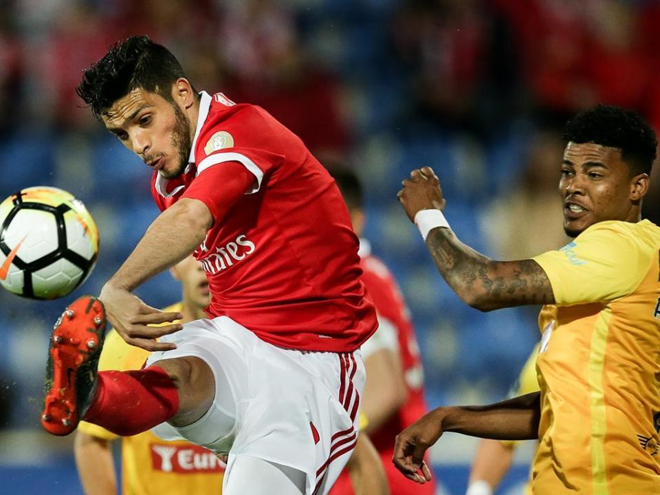 Jiménez sobre o futuro: «Tenho contrato com o Benfica»