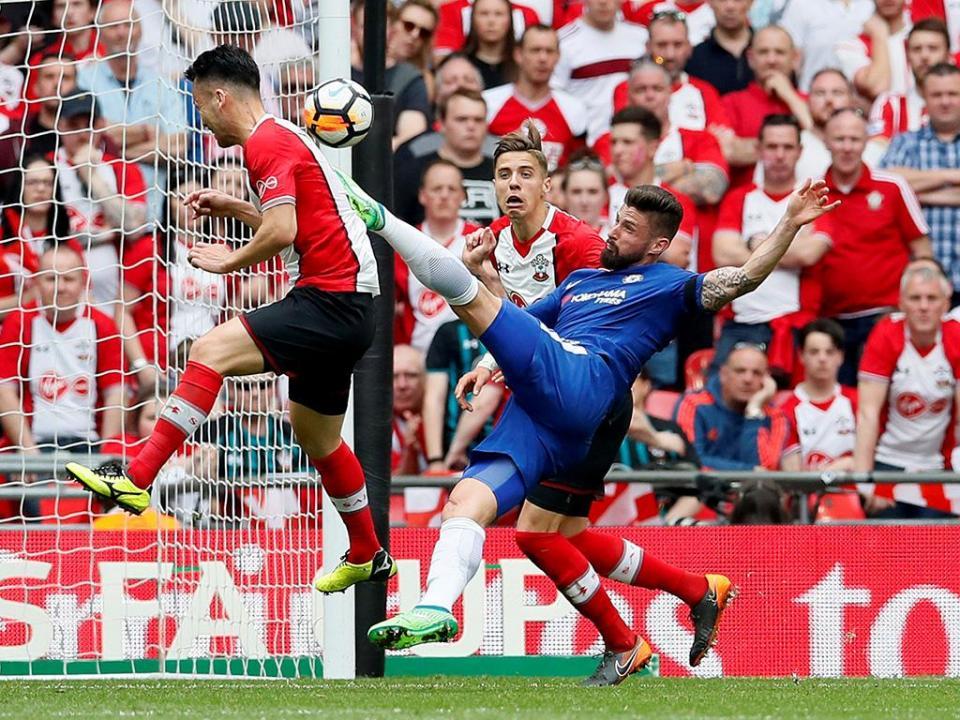 Inglaterra: Southampton de Cédric falha vitória mas respira melhor