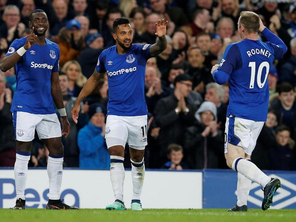 Inglaterra: Everton vence Newcastle de Slimani