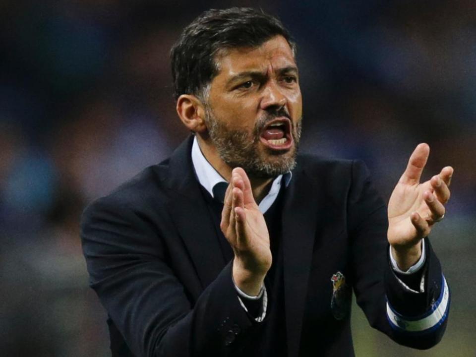 Sérgio Conceição não foi multado por atraso... mas foi multado
