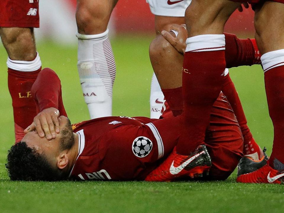 Lesão grave obriga Oxlade-Chamberlain a falhar o Mundial 2018