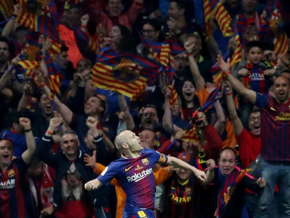 VÍDEO: veja como Iniesta viveu o último Clássico da carreira