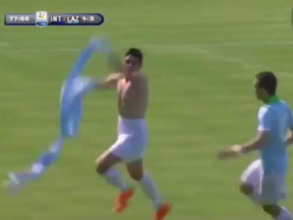 VÍDEO: Pedro Neto marca em Itália e faz lembrar Balotelli