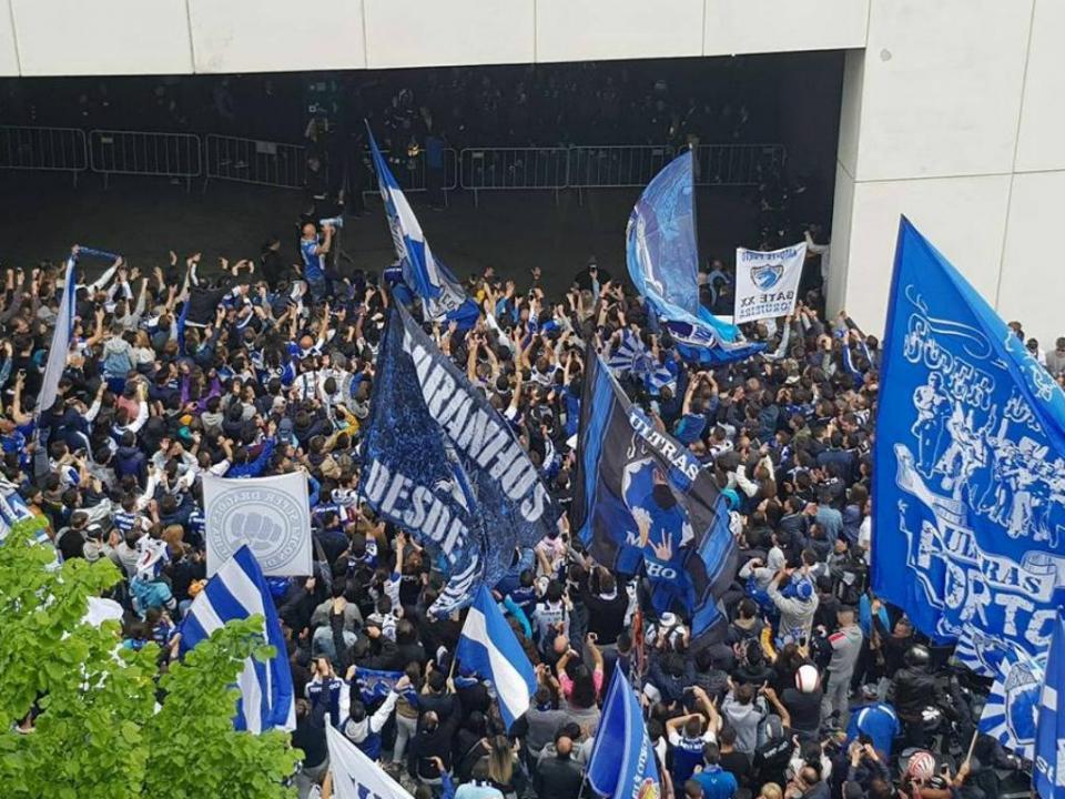 VÍDEO: Conceição e jogadores agradeceram onda de apoio do «mar azul»