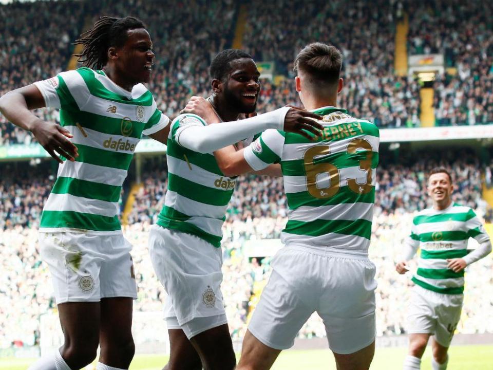 Celtic vence Taça e faz o «tri» na Escócia
