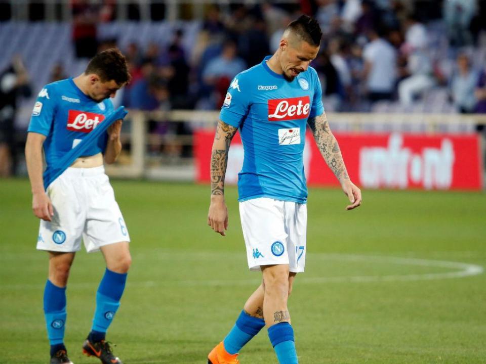 Torino empata Nápoles e Juventus já deita os foguetes do «hepta»