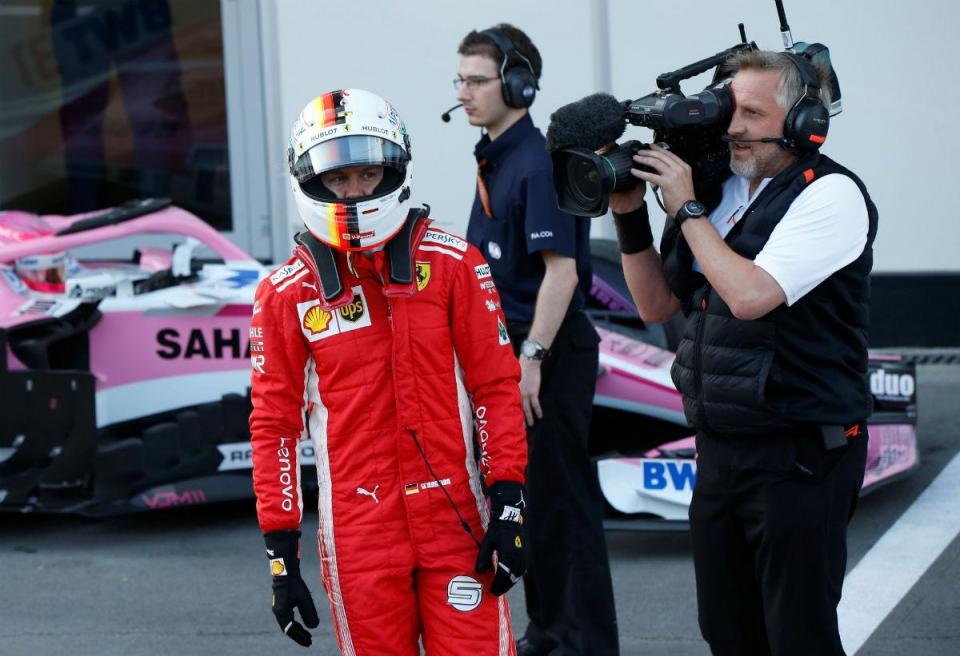 """Vettel franze a testa a mais DRS na Áustria: """"Eu também gostava do Mario Kart..."""""""