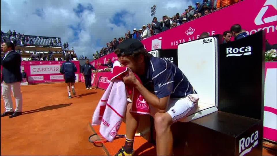 Estoril Open: Kyle Edmund afasta De Minaur e espera um Sousa