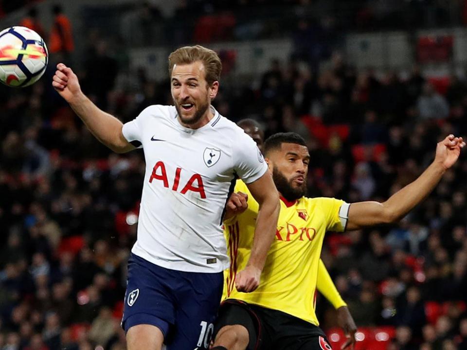 Tottenham vence e mantém distância de segurança