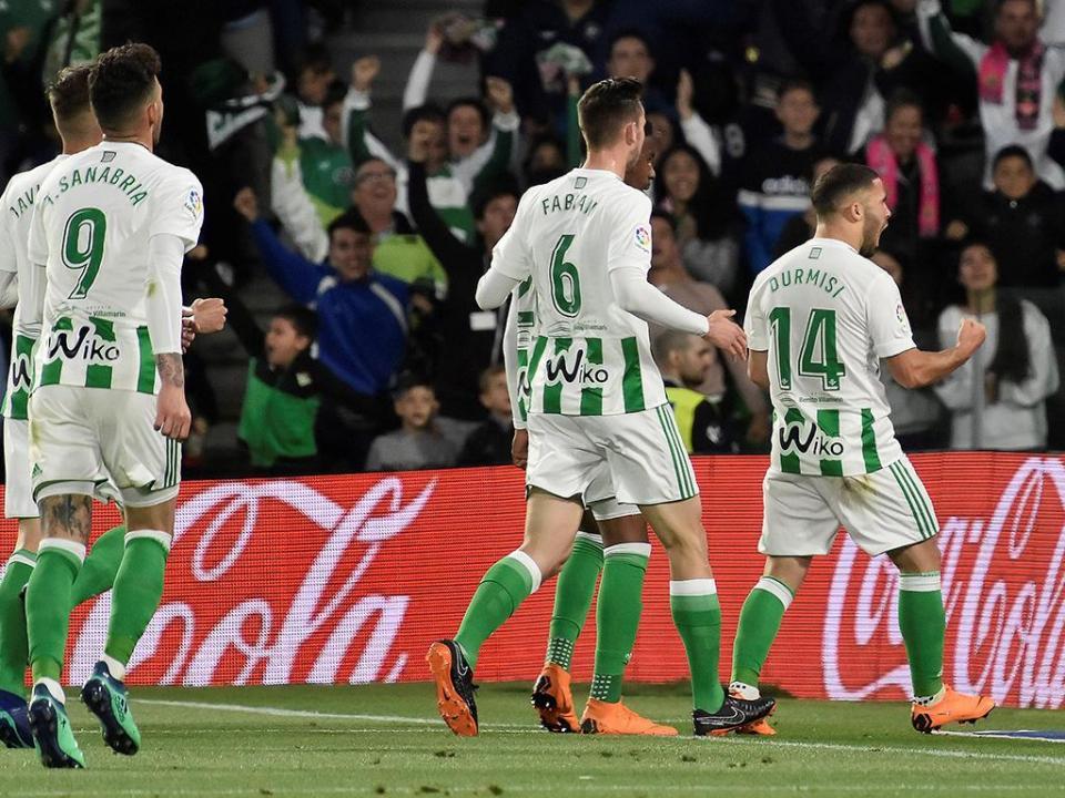Betis consolida quinta posição frente ao já despromovido Málaga