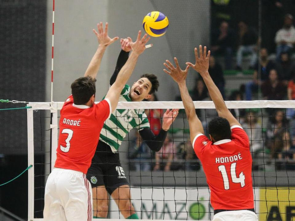 Voleibol: Benfica vence Sporting no João Rocha