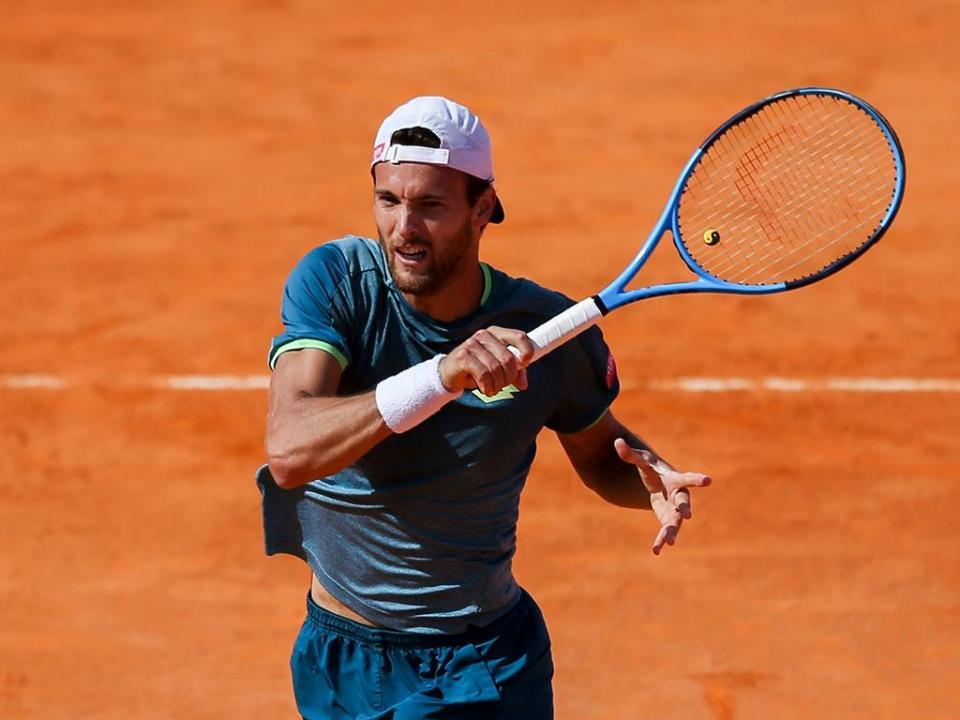 Roland Garros: encontro de Sousa interrompido devido a chuva