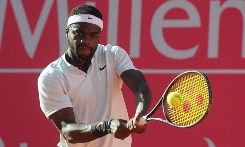 Estoril Open: Tiafoe arrasa Carreño Busta e vai à final com Sousa